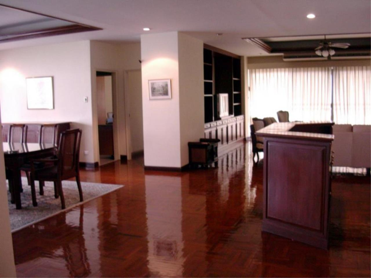 Piri Property Agency's 4 bedrooms  For Rent Tower Park Condo 5