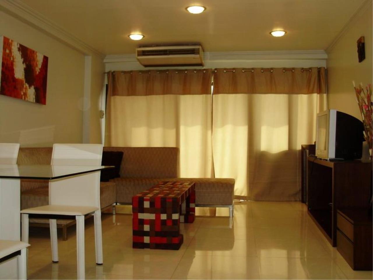 Piri Property Agency's one bedroom  For Rent Saranjai Mansion 11
