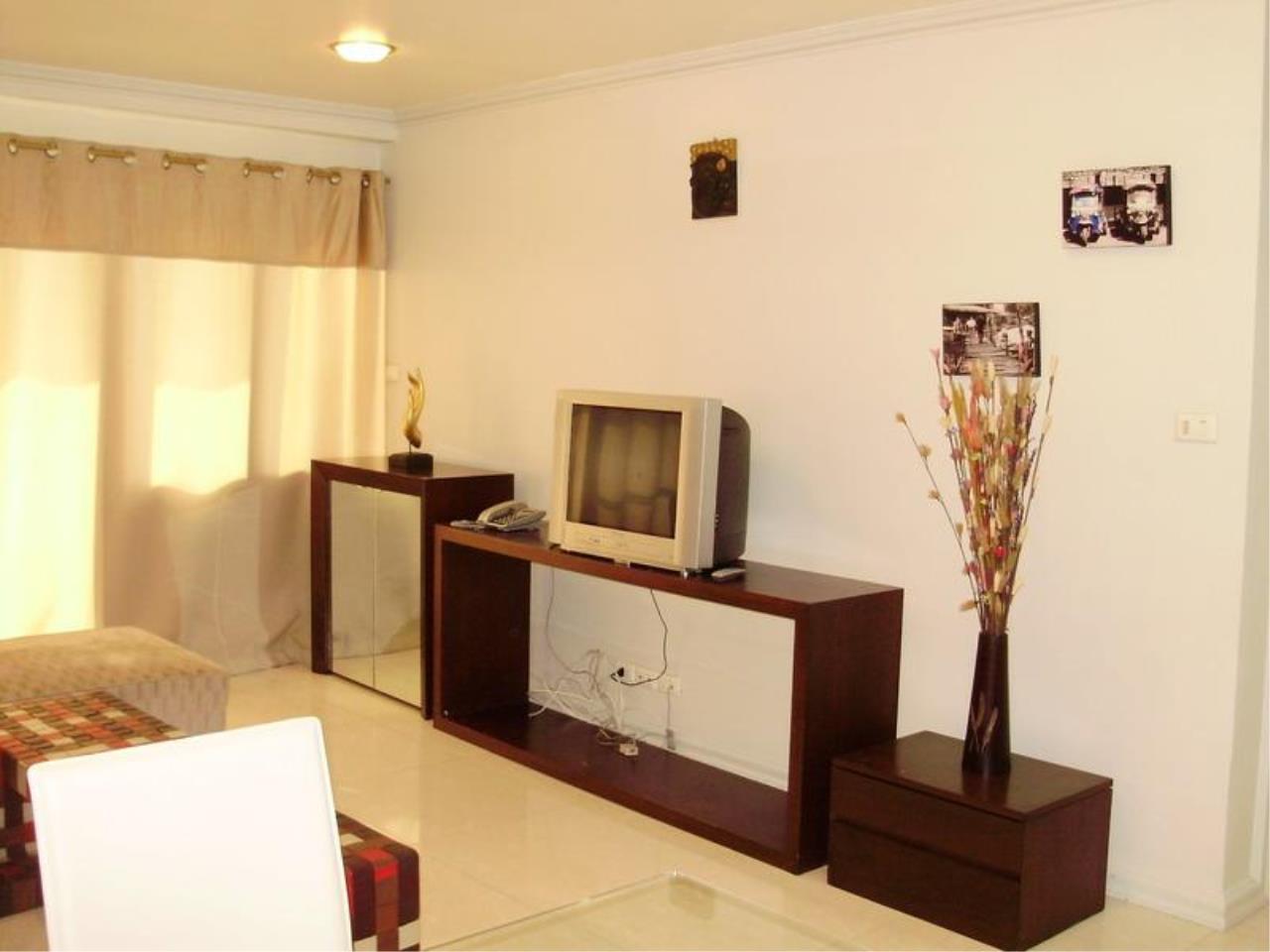 Piri Property Agency's one bedroom  For Rent Saranjai Mansion 10
