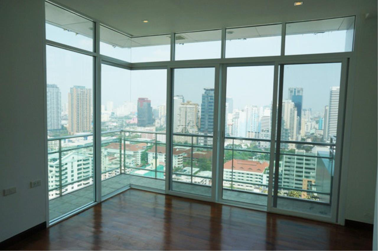 Piri Property Agency's 4 bedrooms  For Rent The Prime 11 Sukhumvit 5