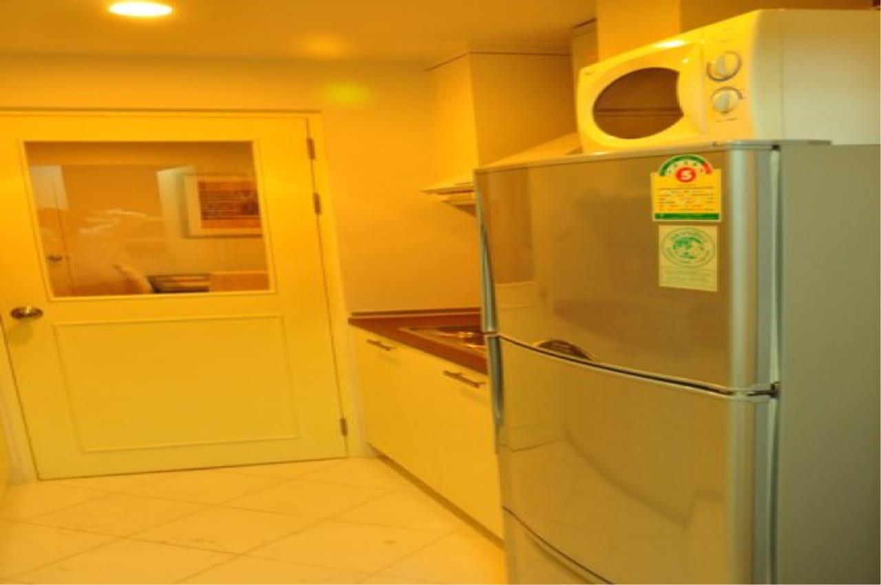 Piri Property Agency's 2 bedrooms  For Rent Baan Siri Soi 10 6