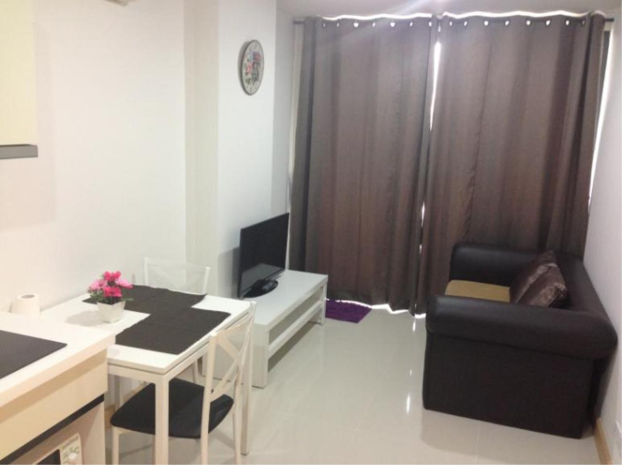 Piri Property Agency's one bedroom  For Rent The President Onnut 2