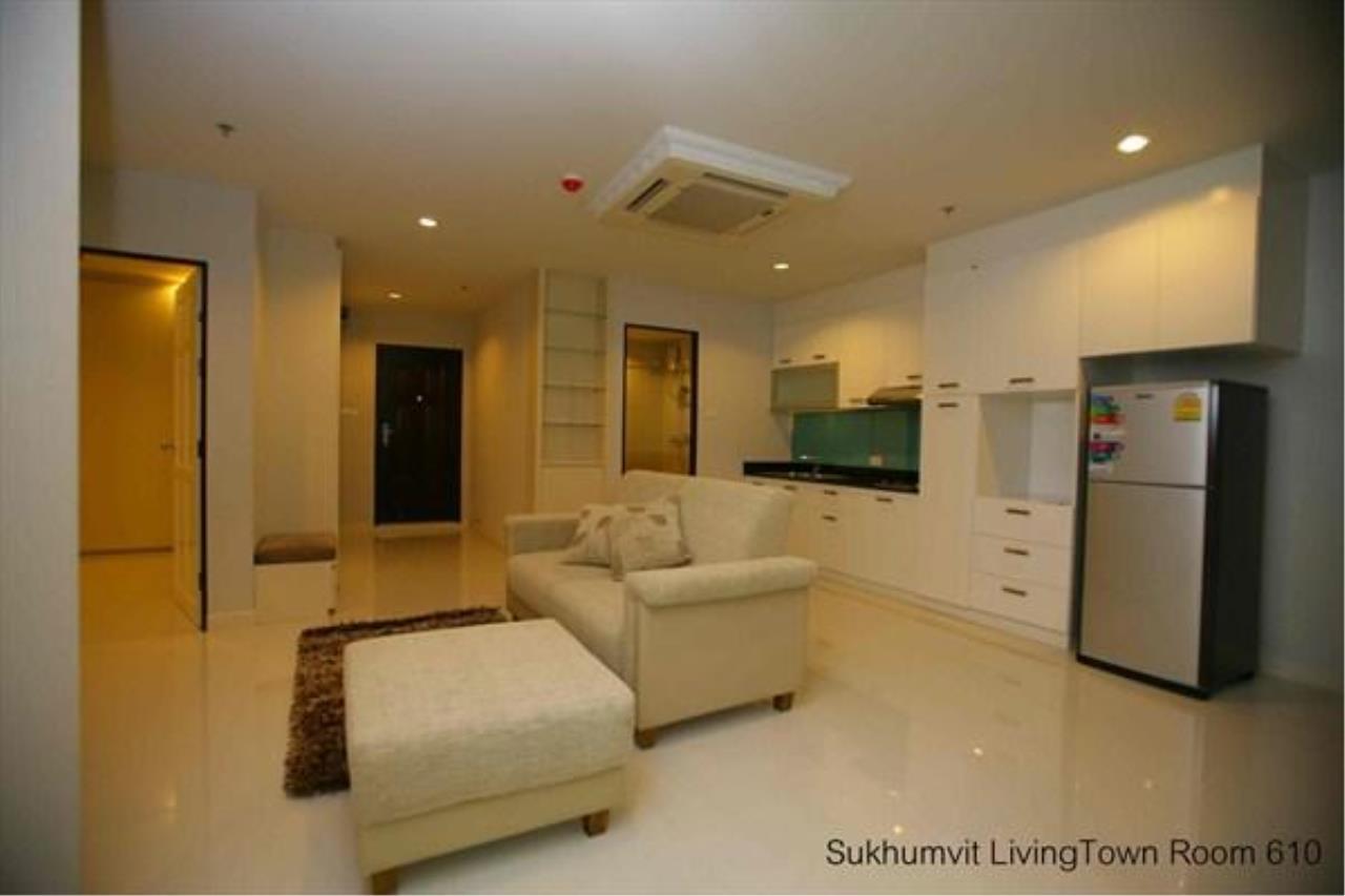 Piri Property Agency's 2 bedrooms  For Rent Sukhumvit Living Town 4