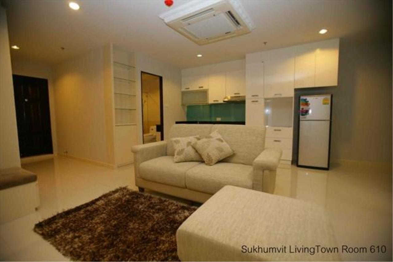 Piri Property Agency's 2 bedrooms  For Rent Sukhumvit Living Town 3