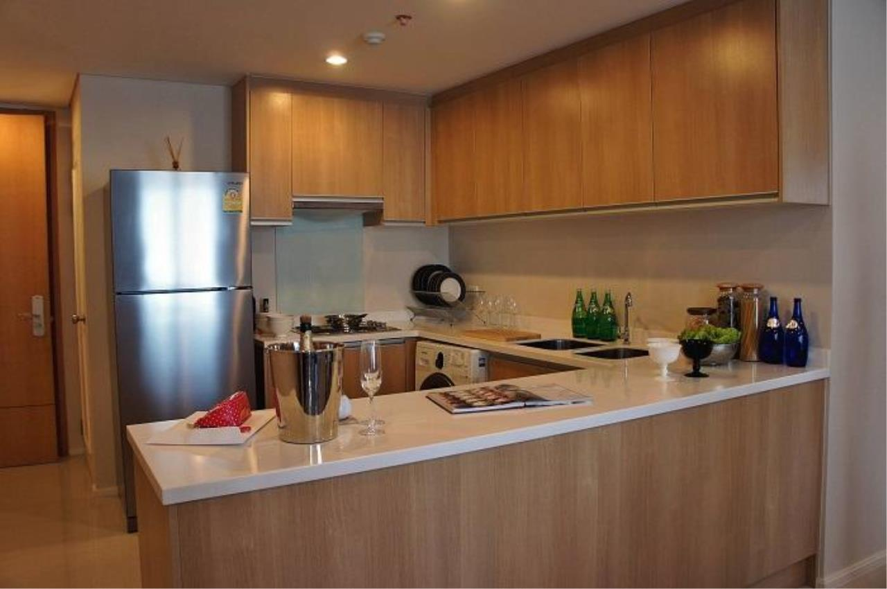 Piri Property Agency's 2 bedrooms  For Rent Villa Asoke 4