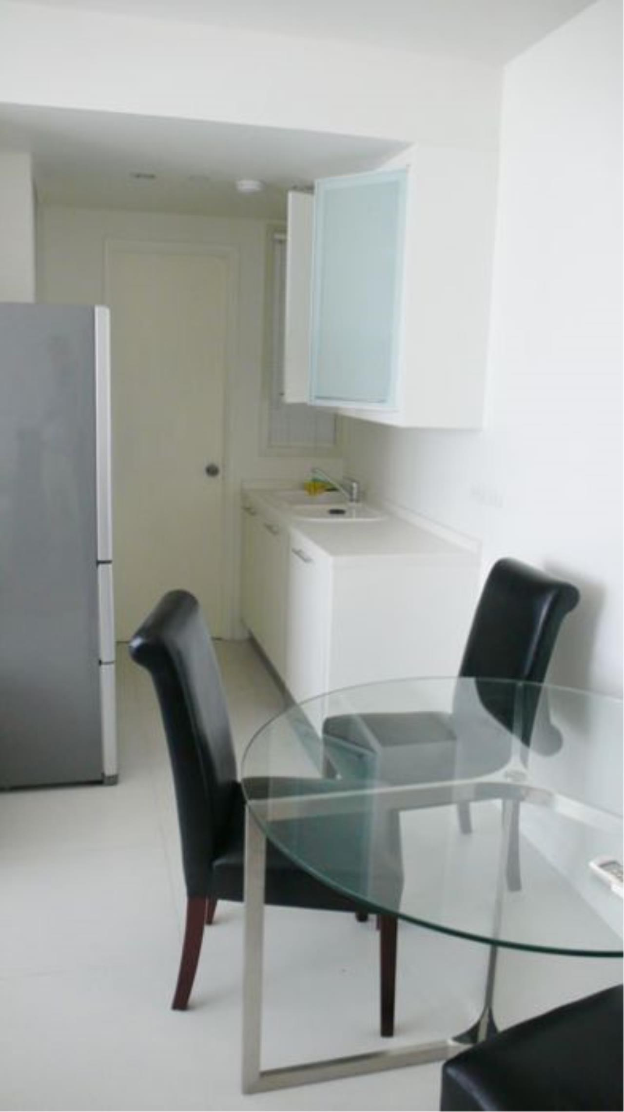 Piri Property Agency's one bedroom  For Rent Skywalk Condominium 6