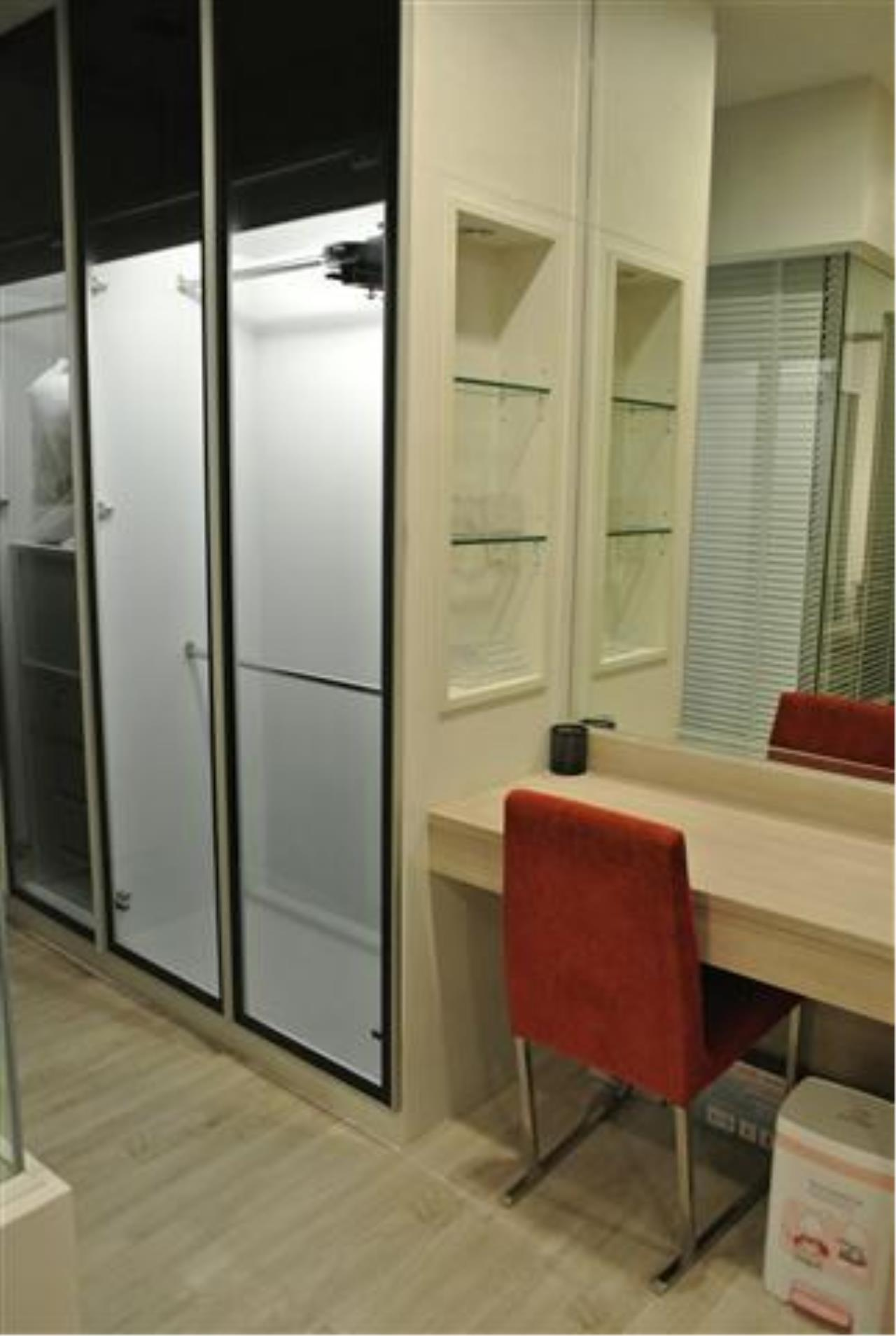 Piri Property Agency's one bedroom  For Rent Skywalk Condominium 2