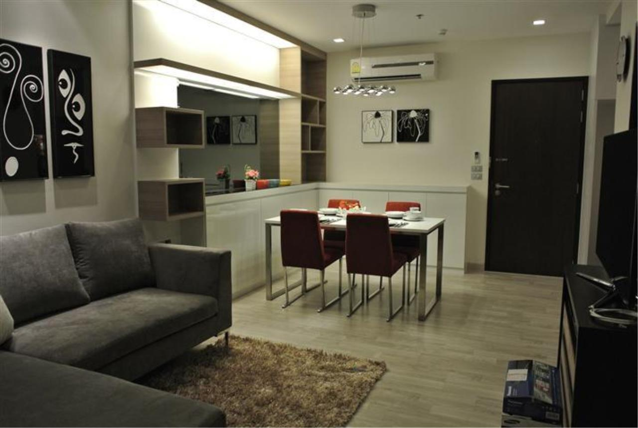 Piri Property Agency's one bedroom  For Rent Skywalk Condominium 5