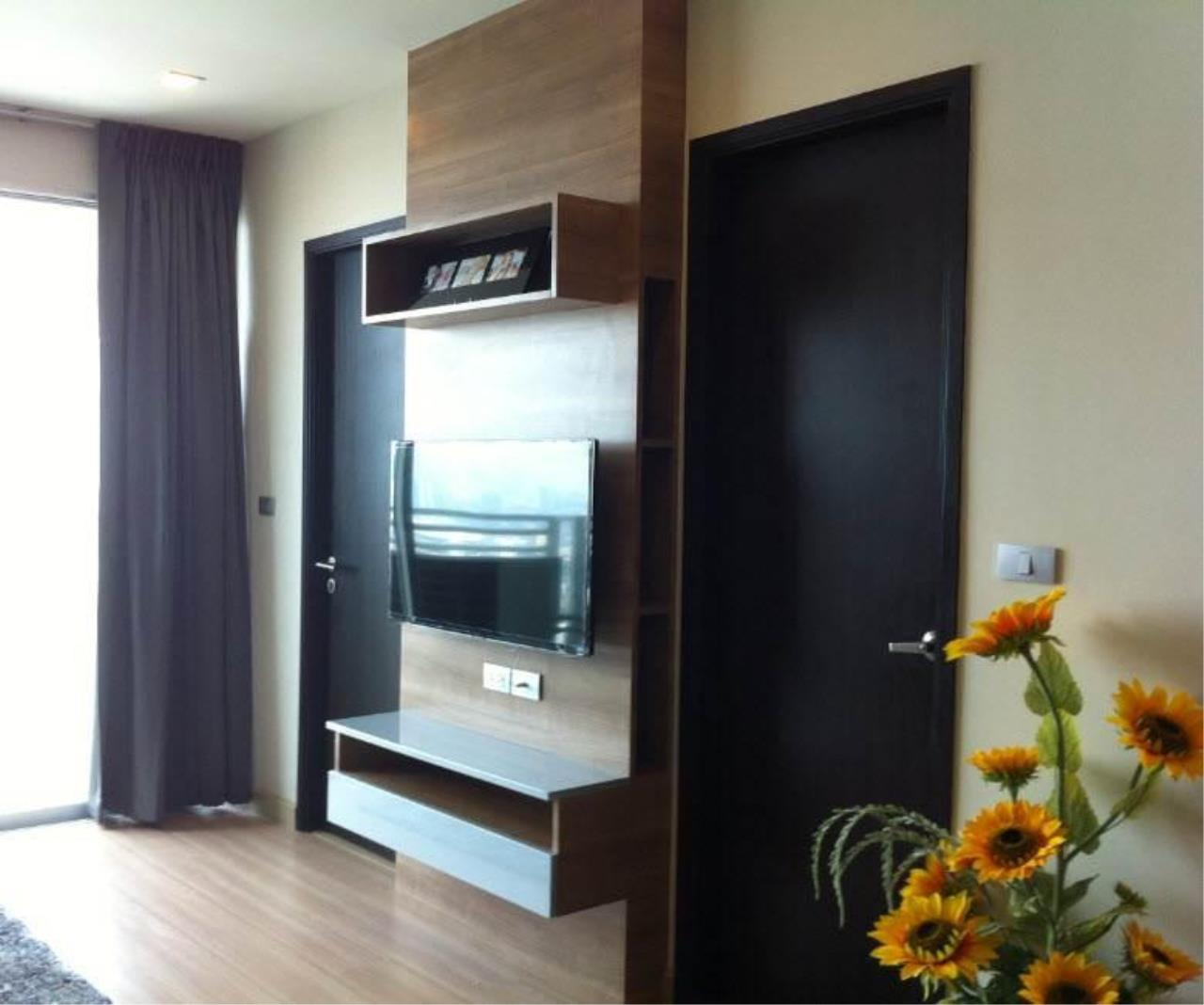 Piri Property Agency's one bedroom  For Rent Skywalk Condominium 1