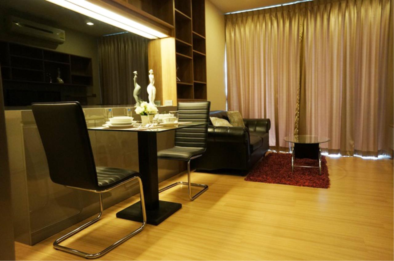 Piri Property Agency's one bedroom  For Rent Skywalk Condominium 3