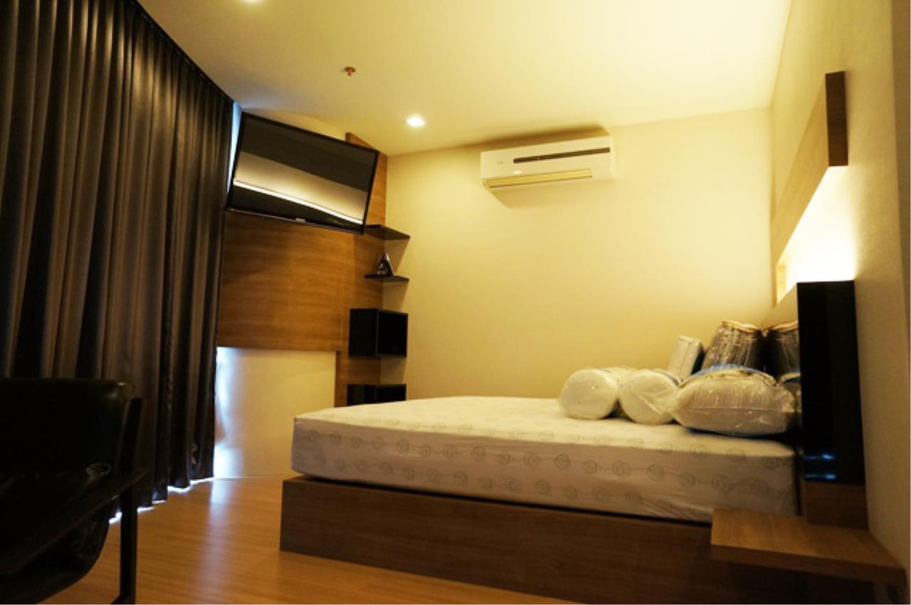 Piri Property Agency's one bedroom  For Rent Skywalk Condominium 5