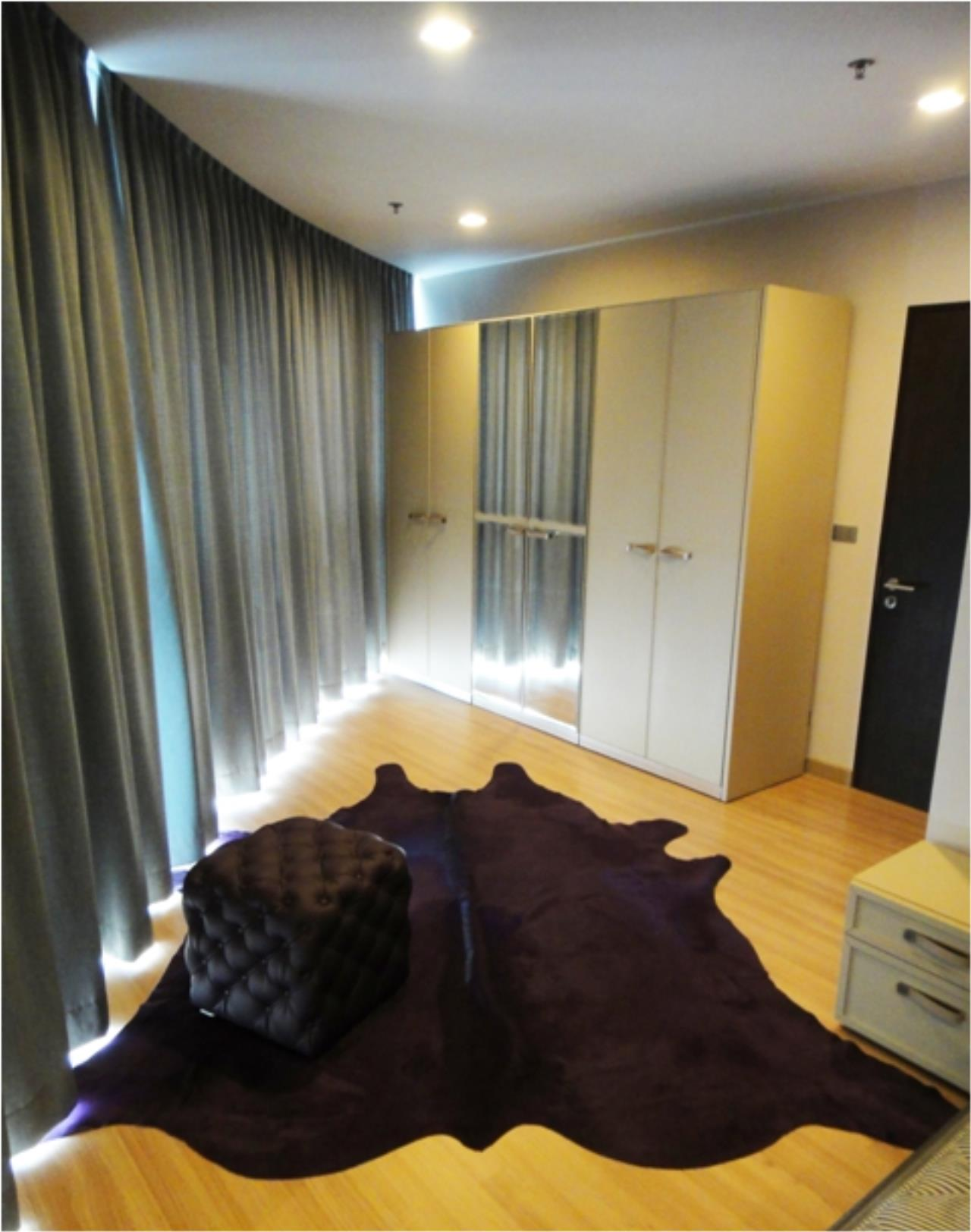 Piri Property Agency's one bedroom  For Rent Skywalk Condominium 2
