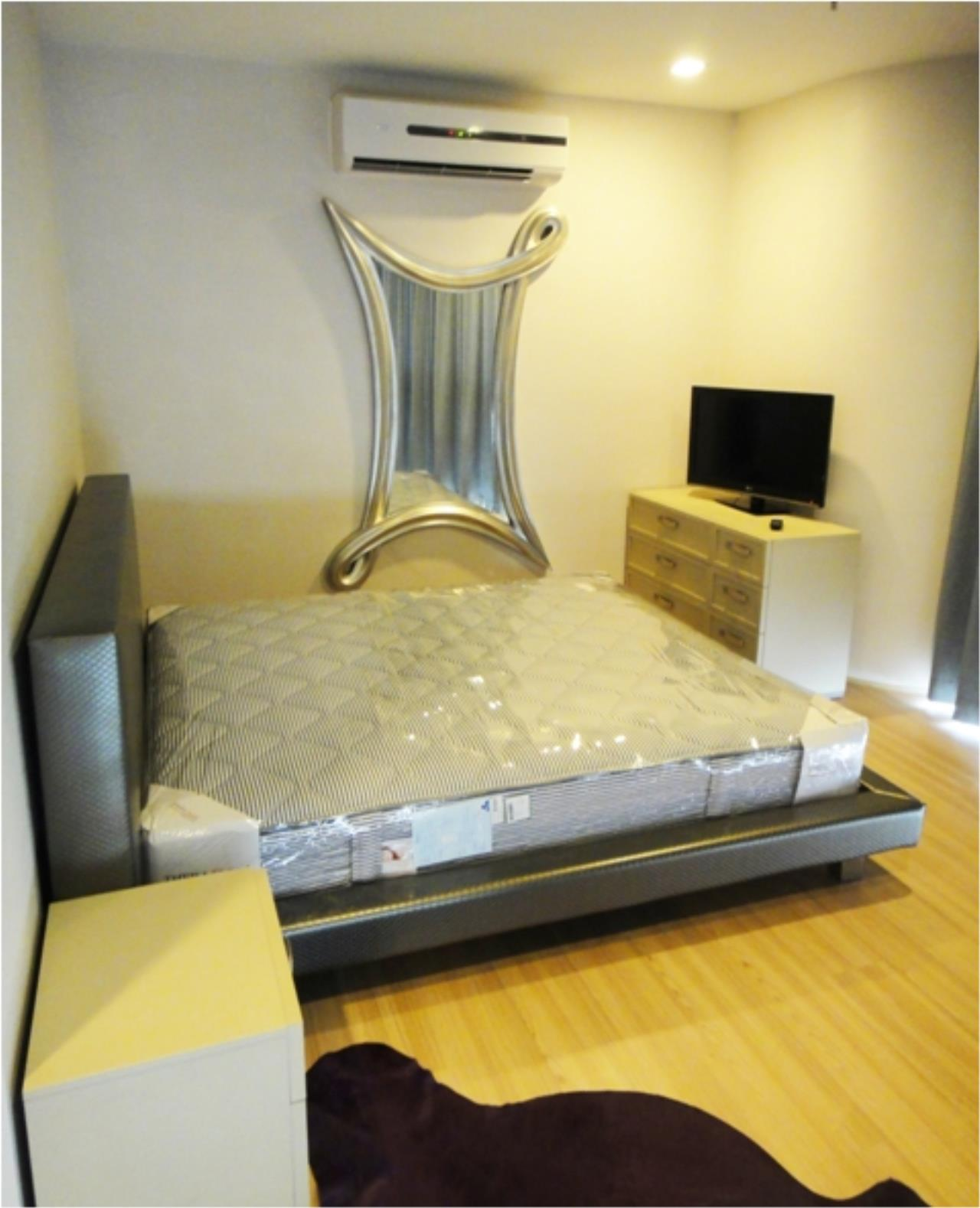 Piri Property Agency's one bedroom  For Rent Skywalk Condominium 3