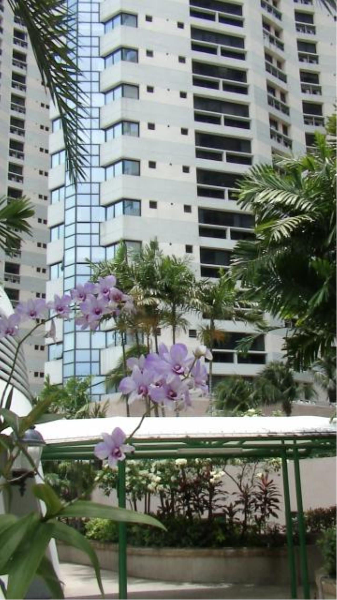 Piri Property Agency's 3 bedrooms  For Rent President Park Condominium 1