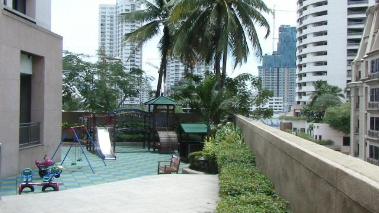 Piri Property Agency's 3 bedrooms  For Rent President Park Condominium 3