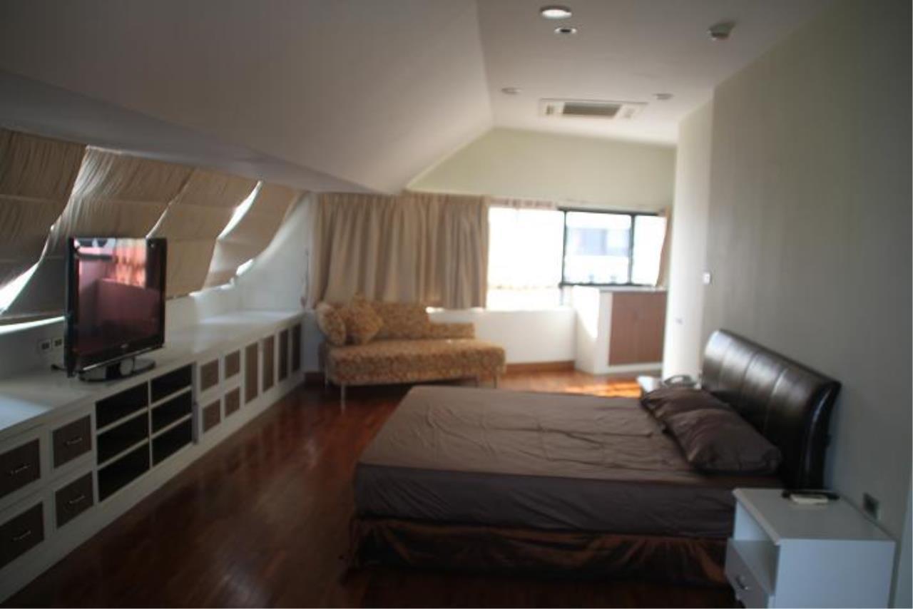Piri Property Agency's 5+ bedrooms  For Rent President Park Condominium 12