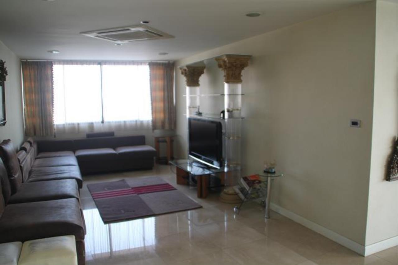 Piri Property Agency's 5+ bedrooms  For Rent President Park Condominium 5