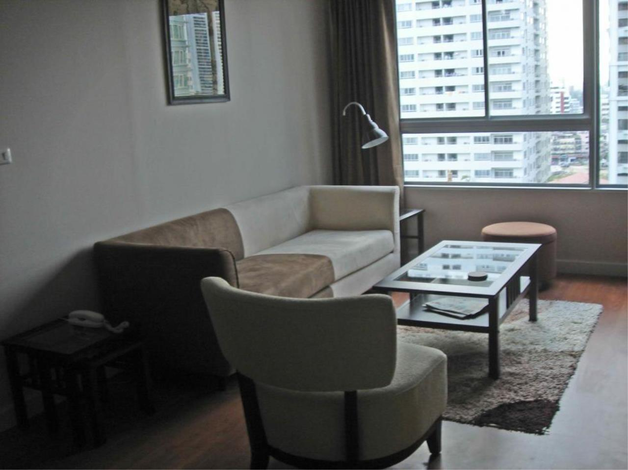 Piri Property Agency's one bedroom  For Rent Condo One X - Sukhumvit 26 1