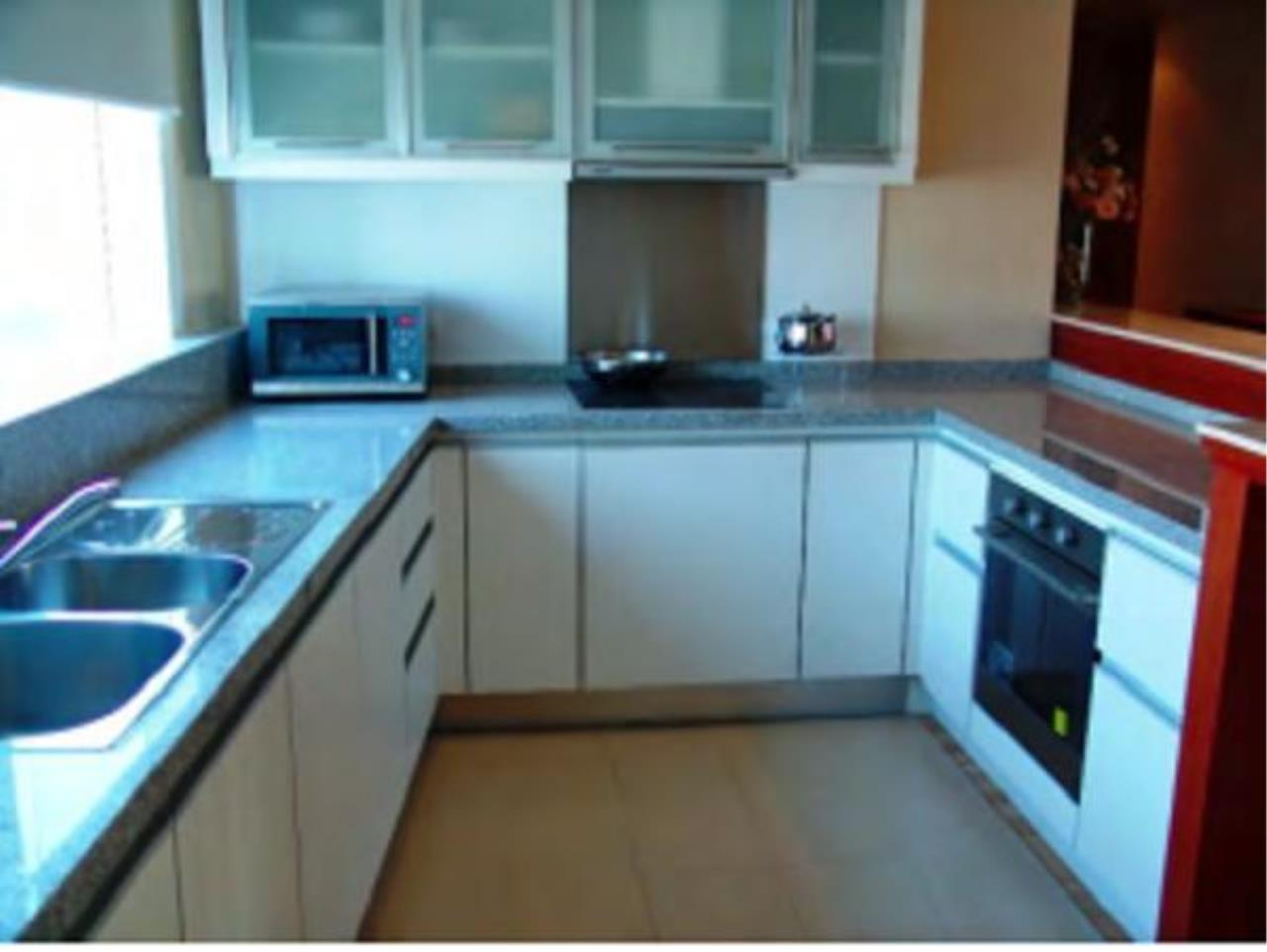 Piri Property Agency's 2 bedrooms  For Rent Millennium Residence 11