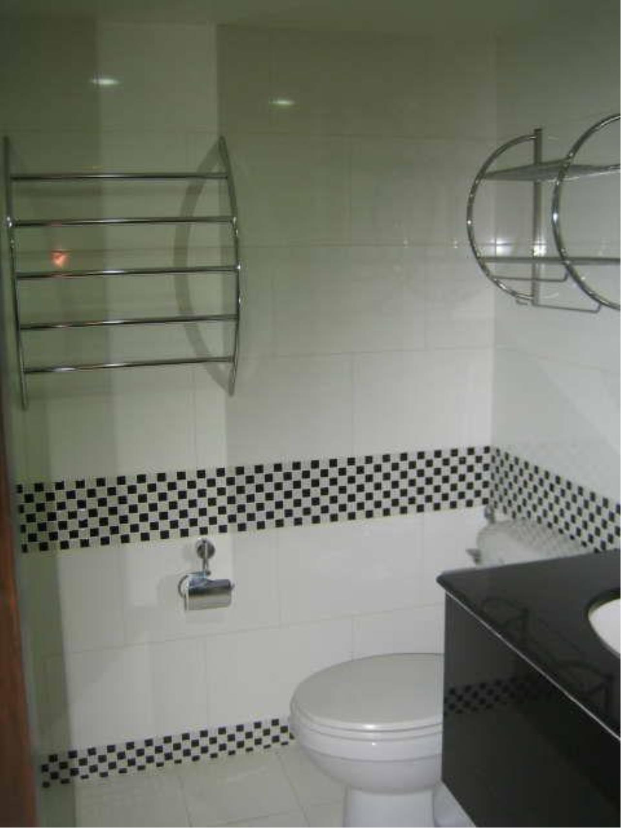 Piri Property Agency's one bedroom  For Rent New Land Condominium 2