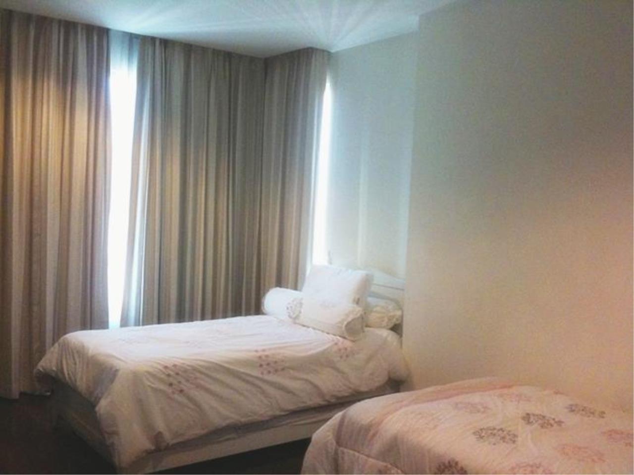 Piri Property Agency's 2 bedrooms  For Rent Wilshire Sukhumvit 22 2