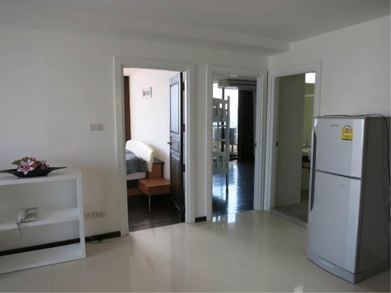 Piri Property Agency's 2 bedrooms  For Rent Supalai Place Sukhumvit 39 8