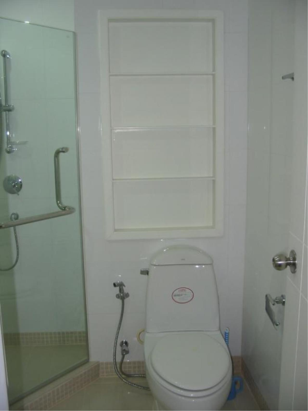 Piri Property Agency's 2 bedrooms  For Rent Baan Siri Soi 24 3