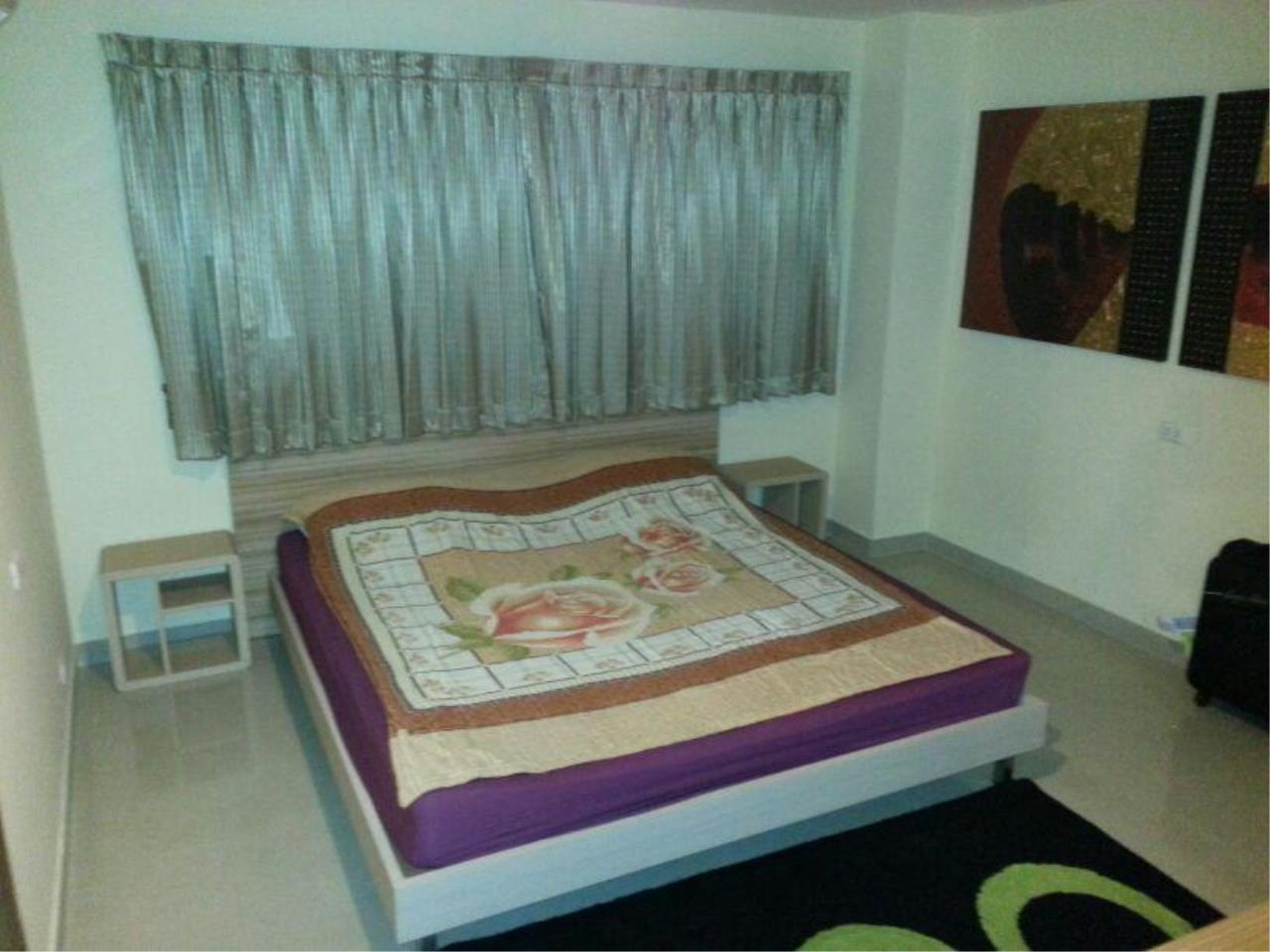 Piri Property Agency's 2 bedrooms  For Rent Baan Phrom Phong 6