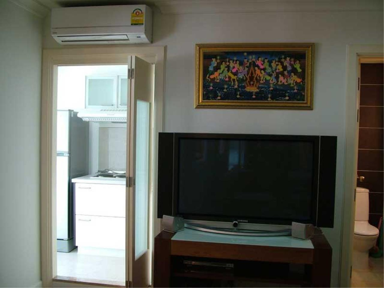 Piri Property Agency's one bedroom  For Rent Lumpini Suite Sukhumvit 41 6