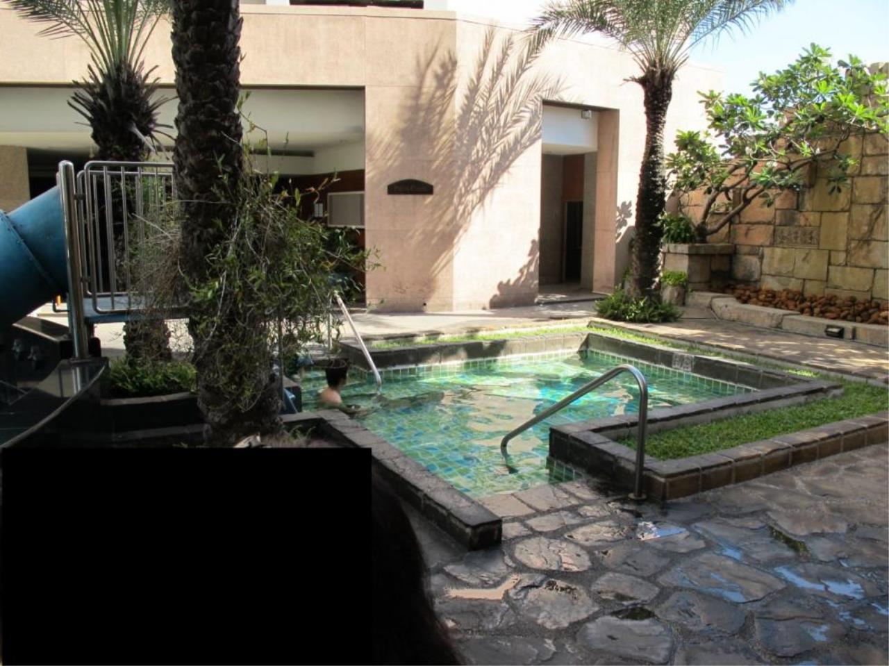 Piri Property Agency's 3 bedrooms  For Rent President Park Condominium 1