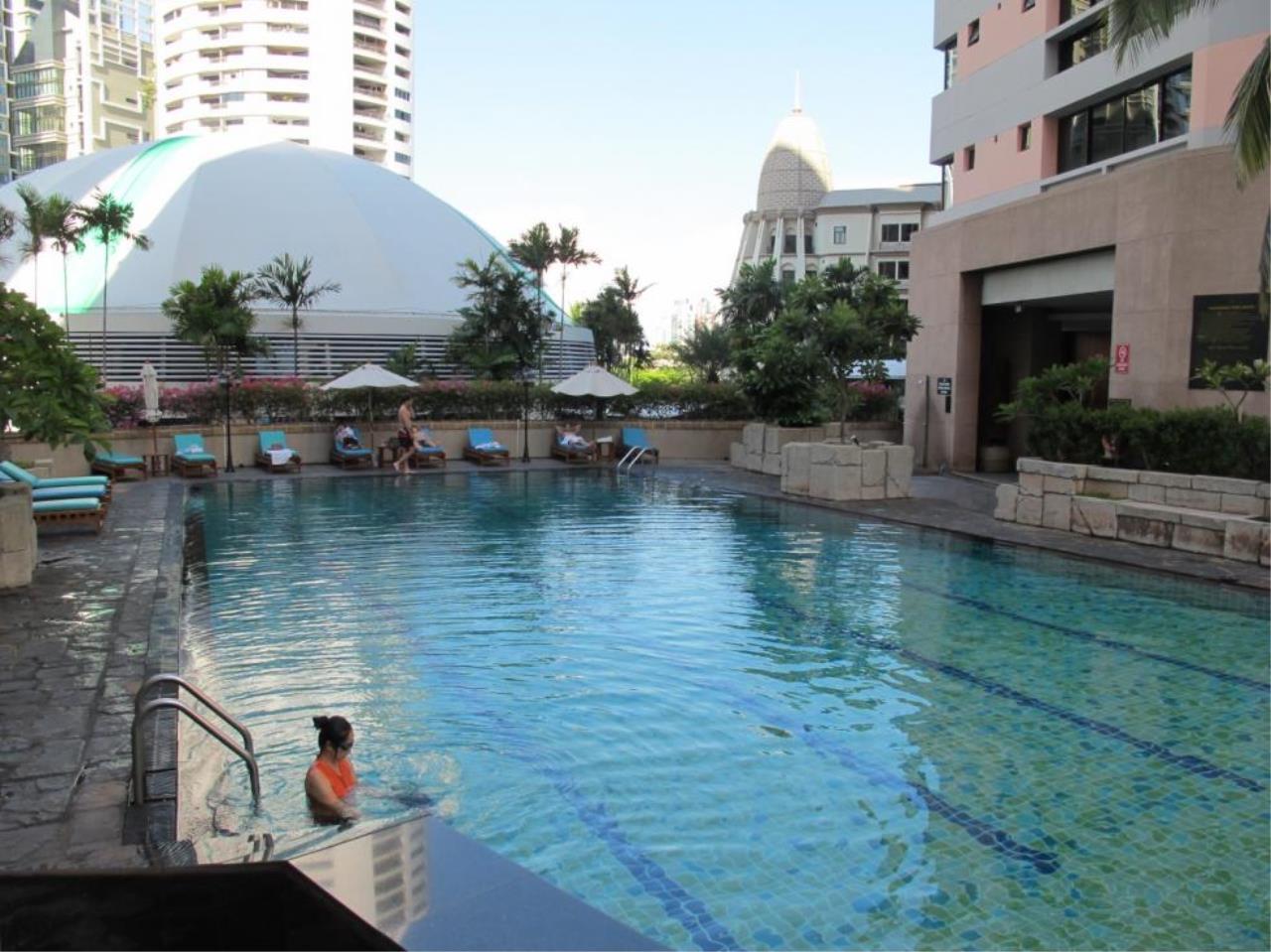 Piri Property Agency's 3 bedrooms  For Rent President Park Condominium 3