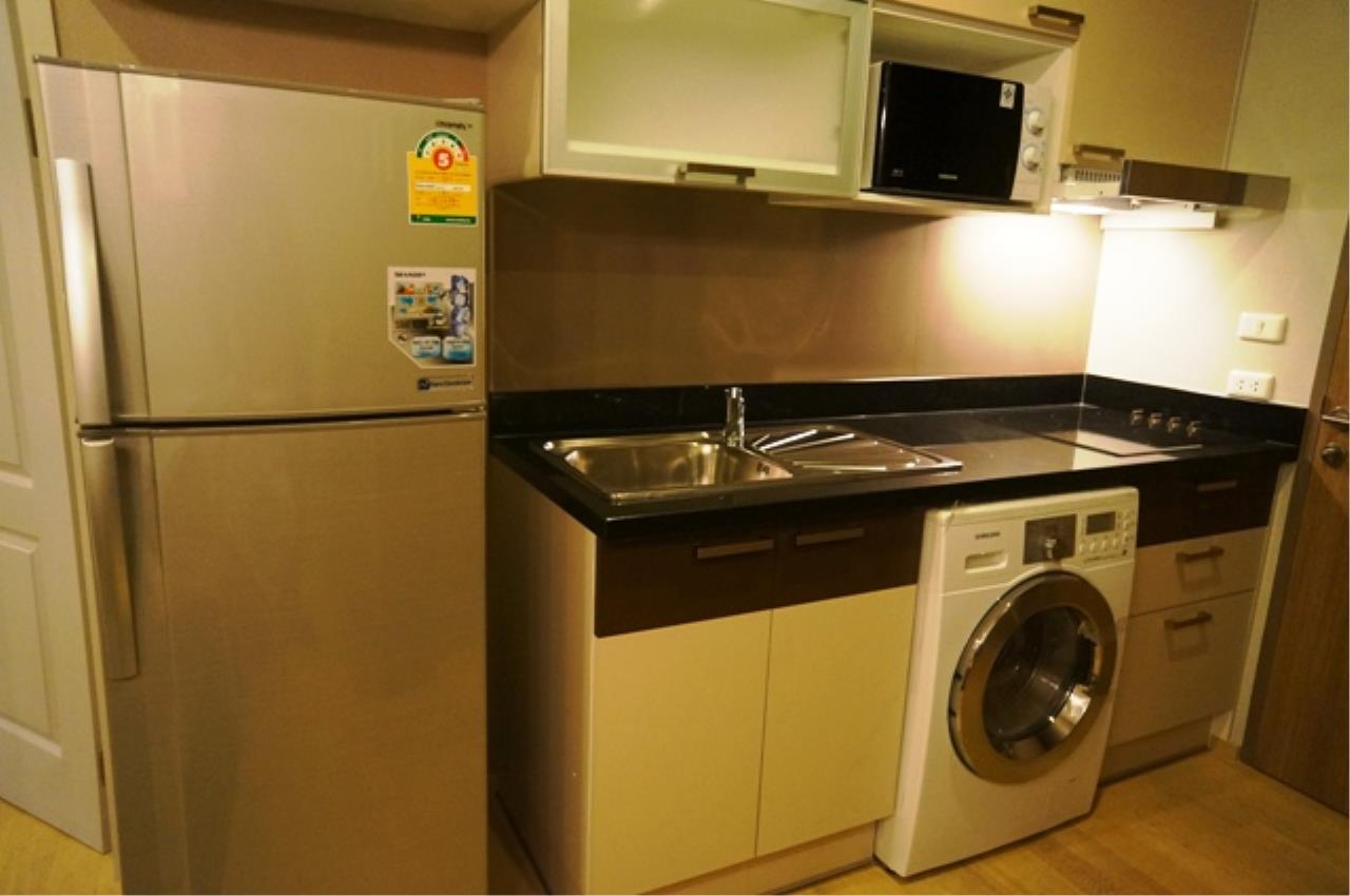 Piri Property Agency's one bedroom  For Rent Noble Refine 6