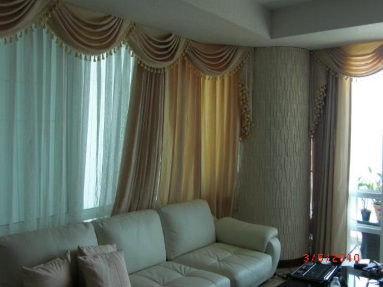 Piri Property Agency's 2 bedrooms  For Sale Baan Ratchaprasong 5