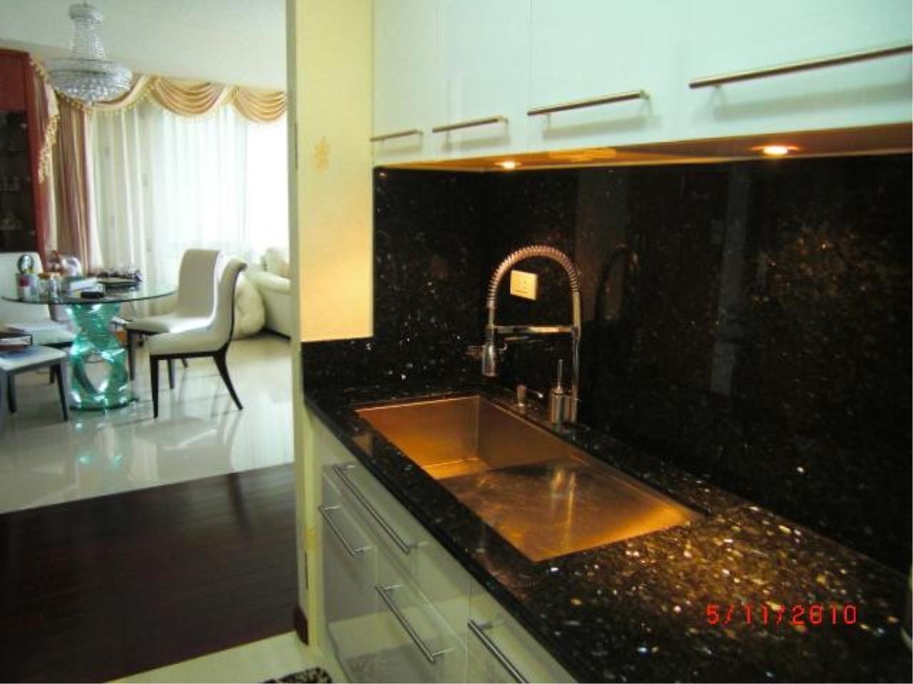 Piri Property Agency's 2 bedrooms  For Sale Baan Ratchaprasong 7