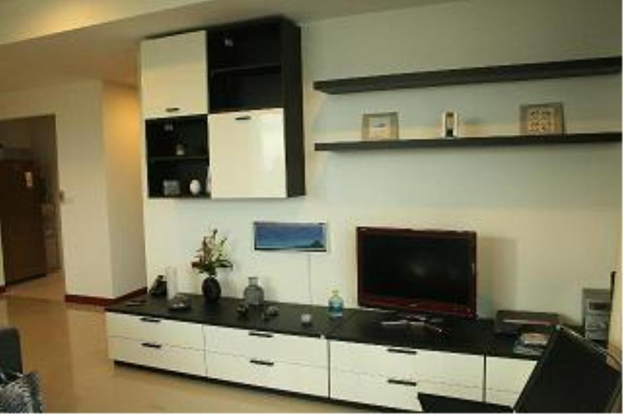 Piri Property Agency's 3 bedrooms  For Sale Baan Ratchaprasong 1