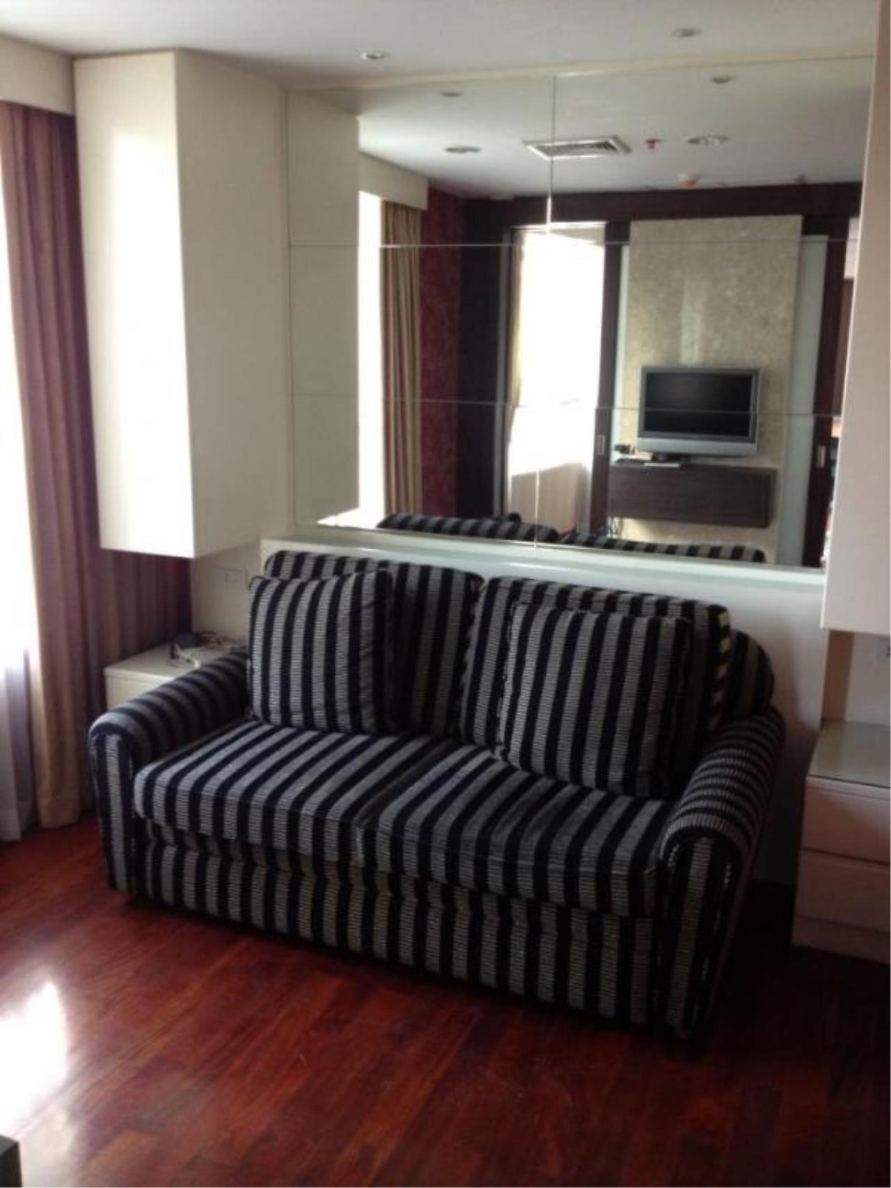 Piri Property Agency's 2 bedrooms  For Sale Urbana Langsuan 6