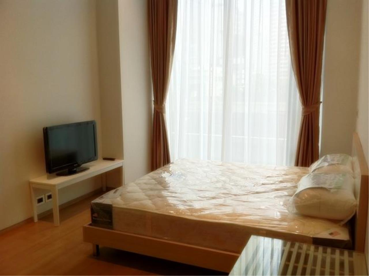 Piri Property Agency's one bedroom  For Rent Saladaeng Residence 2