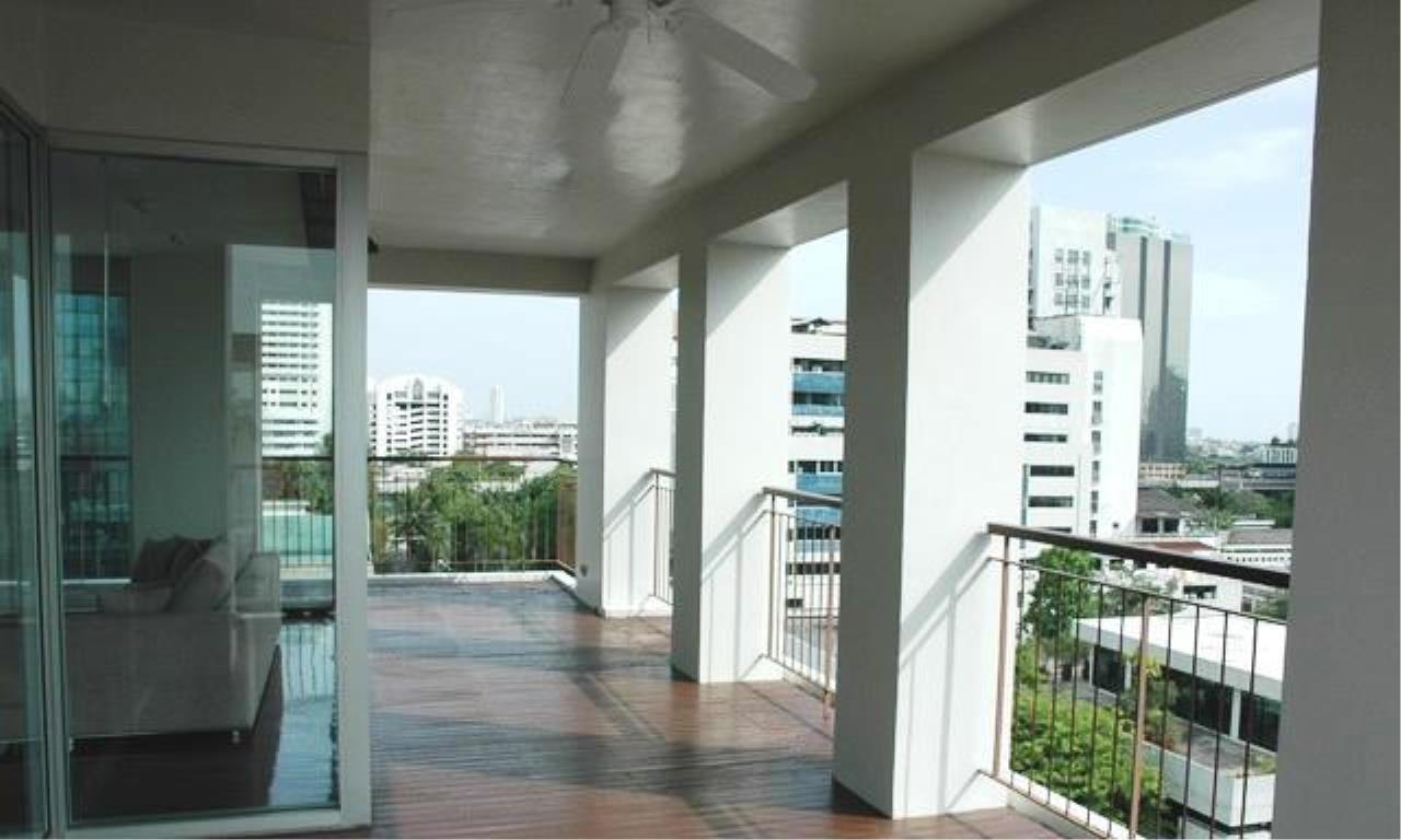 Piri Property Agency's 4 bedrooms  For Rent Panburi Apartments 1