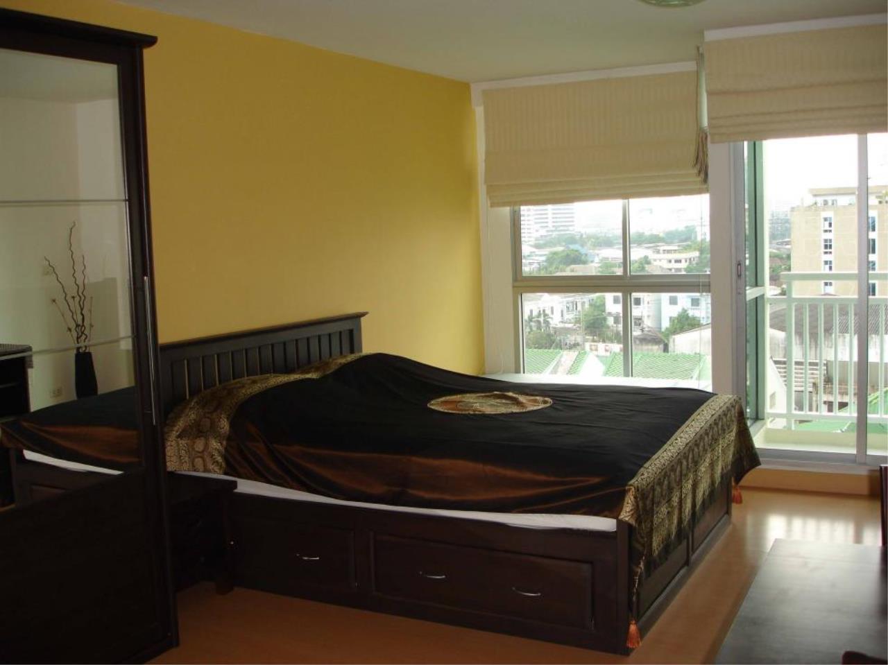 Piri Property Agency's Studio bedrooms  For Rent Plus 38 3