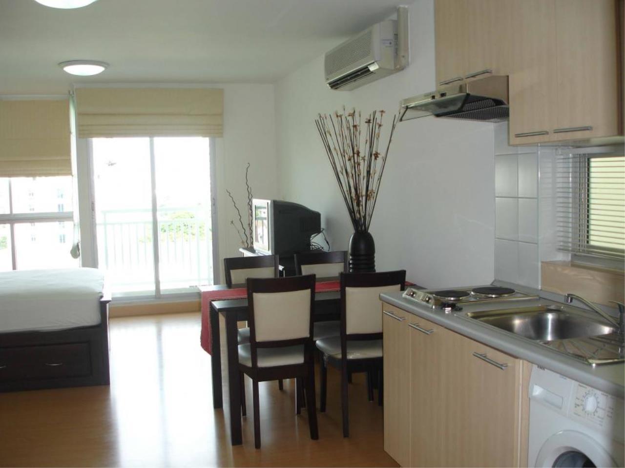 Piri Property Agency's Studio bedrooms  For Rent Plus 38 2