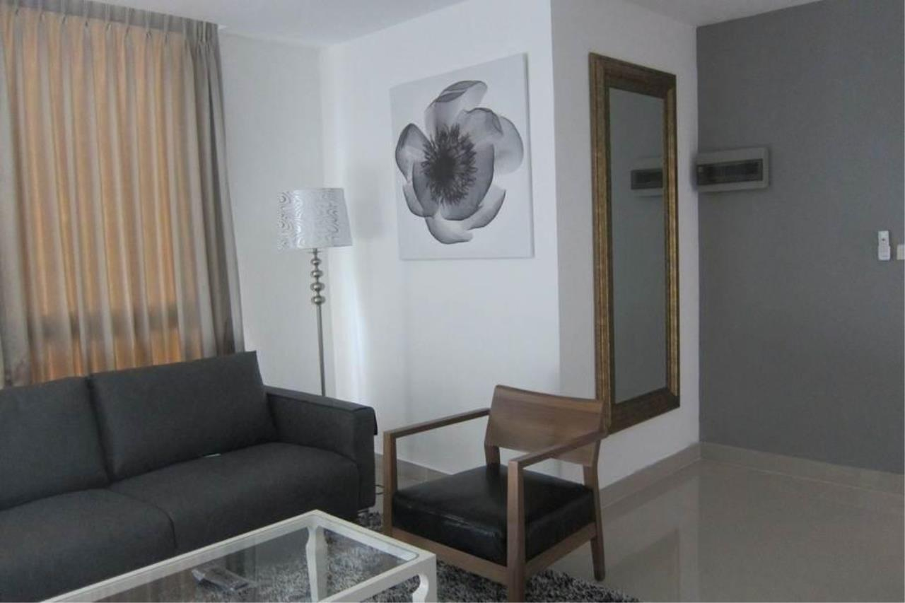 Piri Property Agency's 2 bedrooms  For Rent JC Tower 7