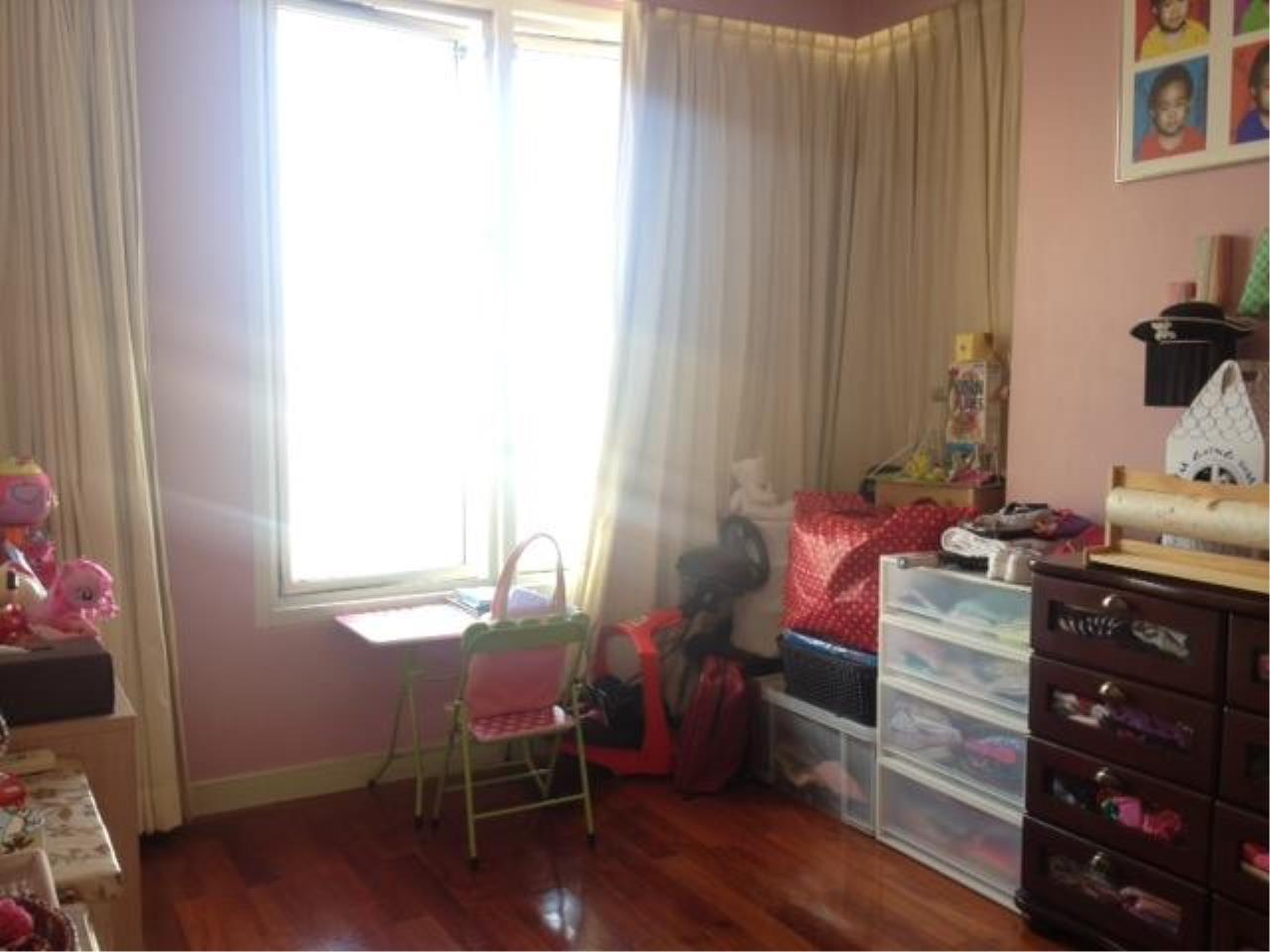 Piri Property Agency's 3 bedrooms  For Rent Hampton Thonglor 4