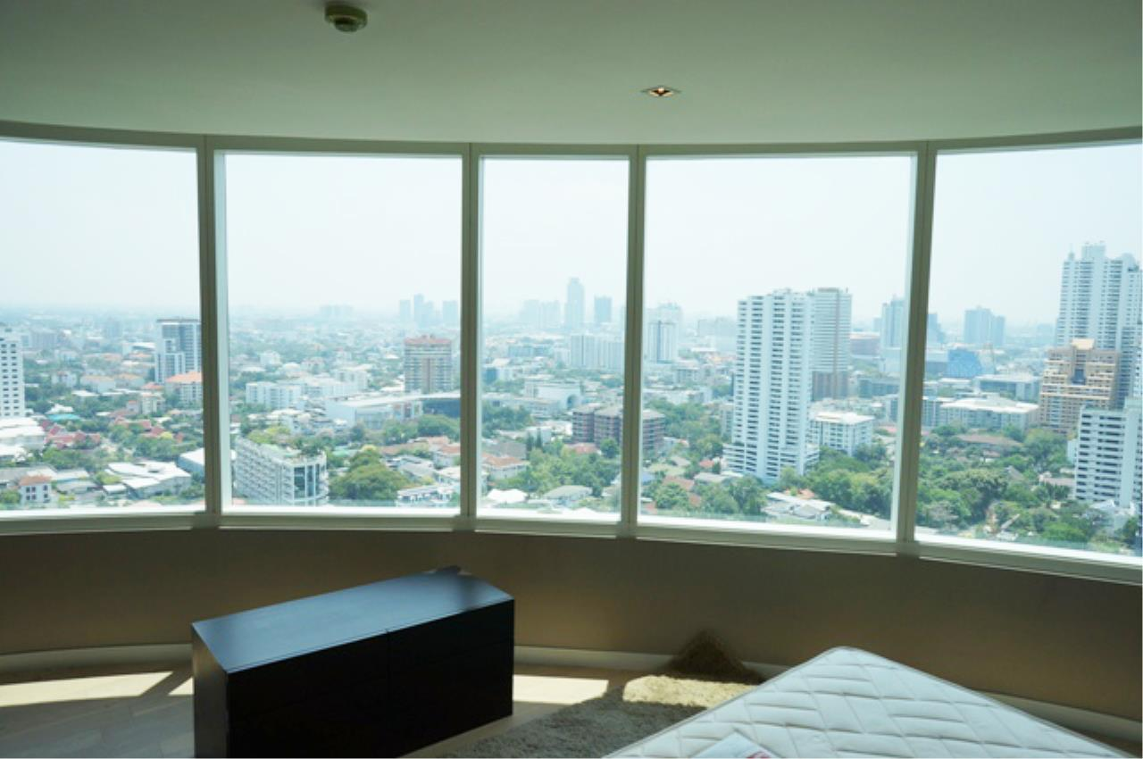 Piri Property Agency's 2 bedrooms  For Rent Eight Thonglor 4