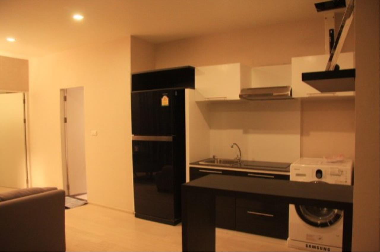 Piri Property Agency's 2 bedrooms  For Rent Noble Solo 5