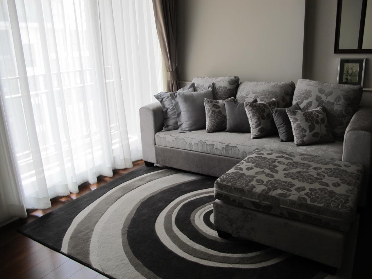 Piri Property Agency's one bedroom  For Rent Quattro Thonglor 3