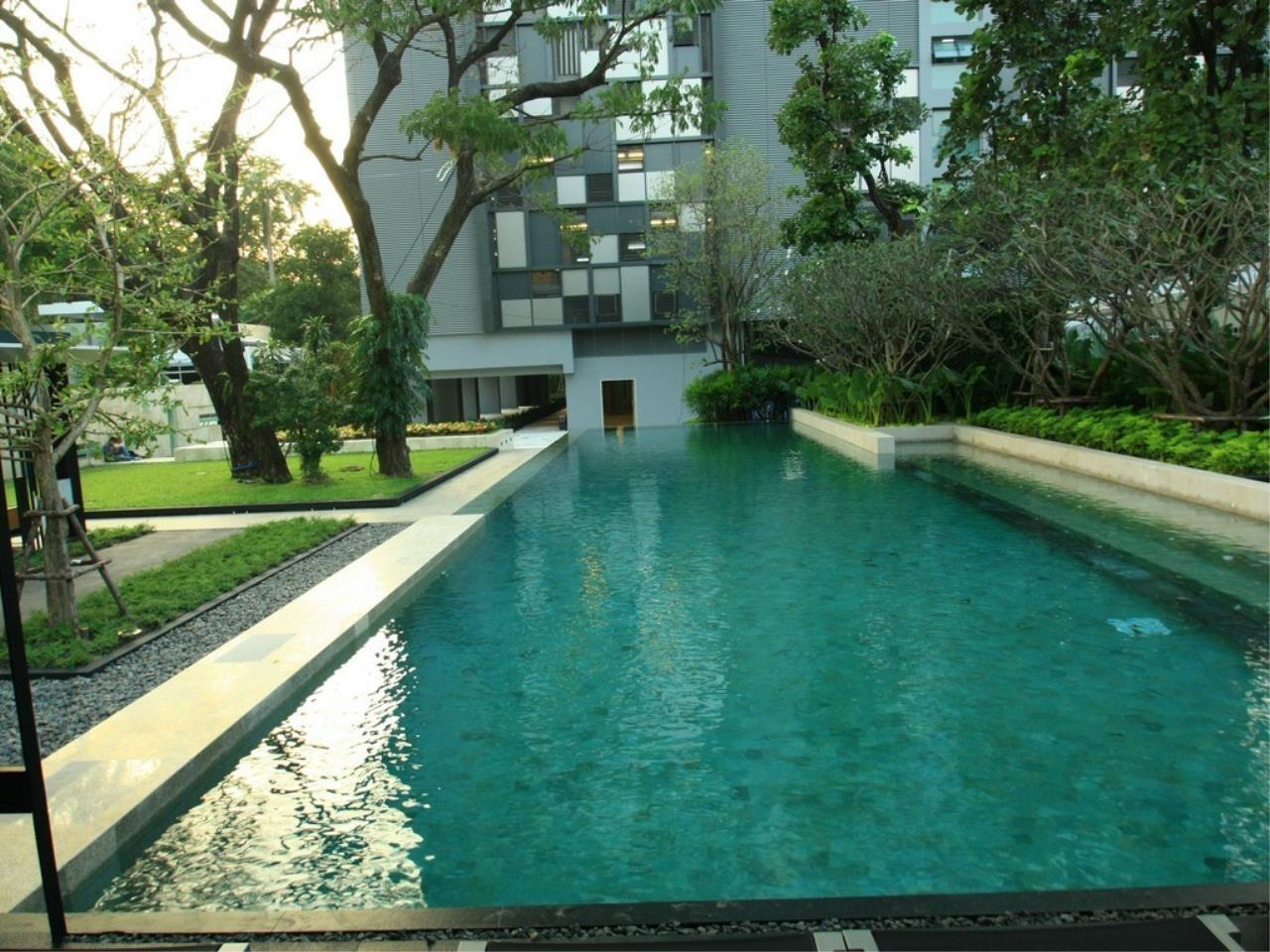 Piri Property Agency's one bedroom  For Rent Quattro Thonglor 10