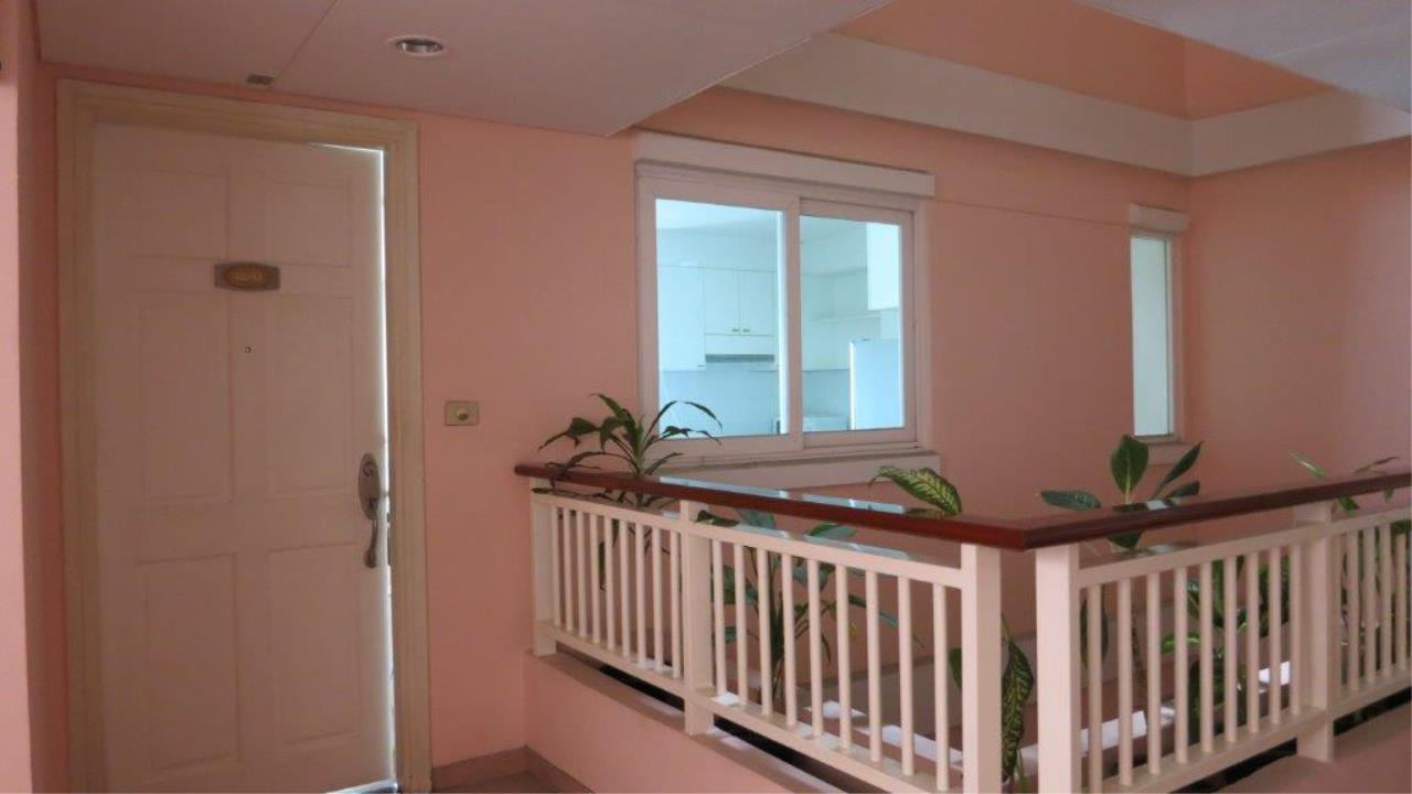 Piri Property Agency's one bedroom  For Rent Baan Siri Soi 13 4