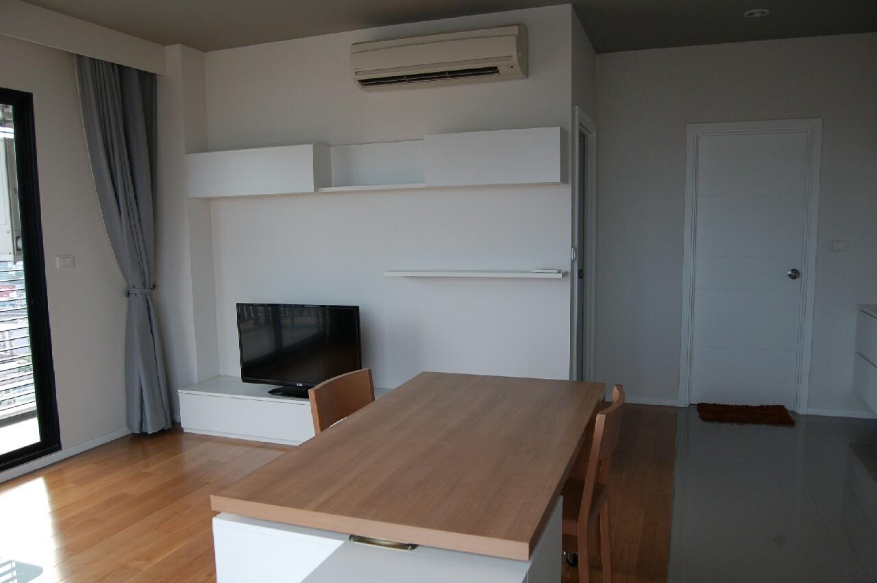 Piri Property Agency's one bedroom  For Sale Blocs 77 3