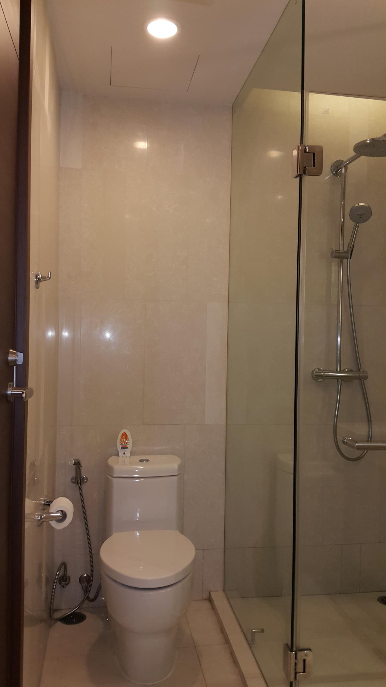 Piri Property Agency's one bedroom  For Rent Quattro Thonglor 8