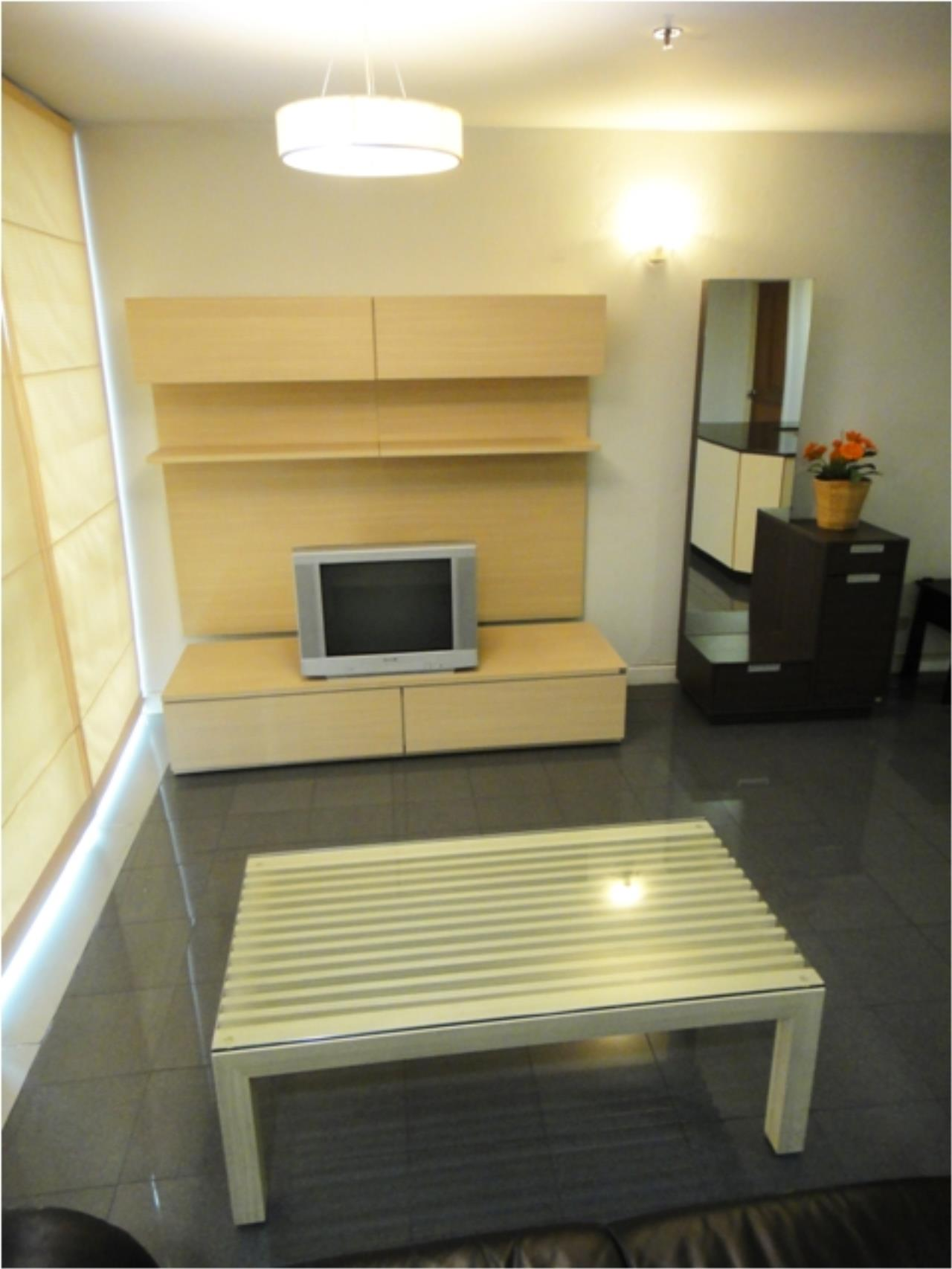 Piri Property Agency's 2 bedrooms  For Rent Asoke Place condominium 3